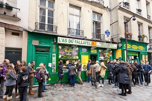 as-falafel-famous-snack-marais-paris